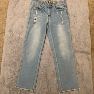 🍁Indigo Rein Cropped Jeans